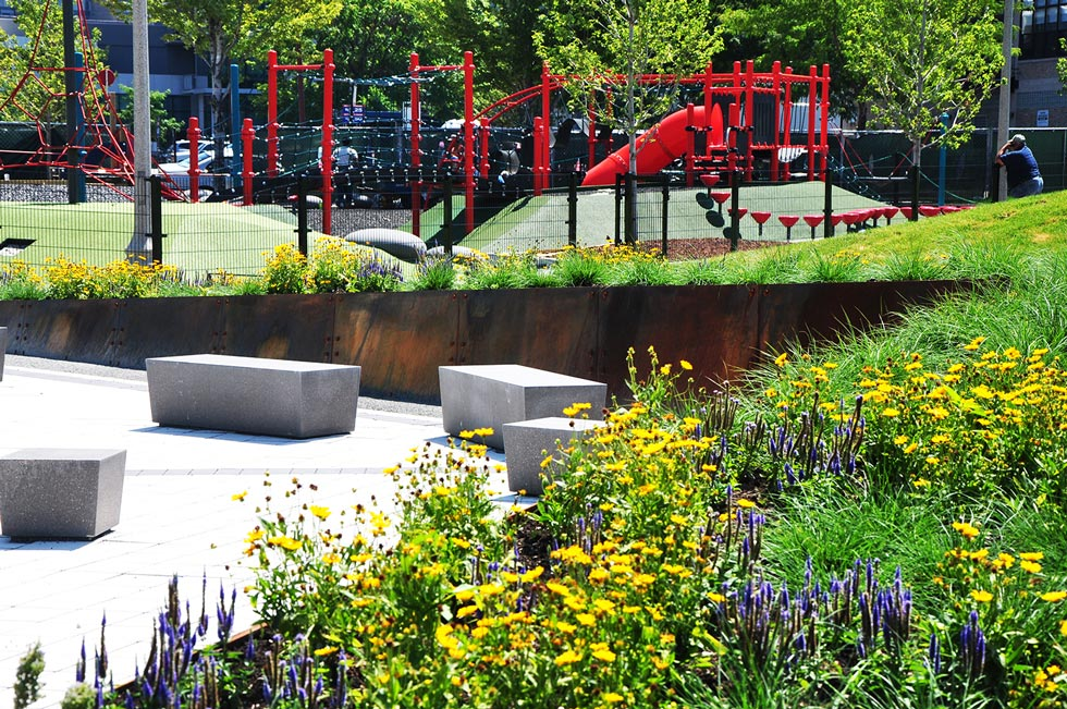 Mary bartelme park urban park design in chicago for Landscape design chicago