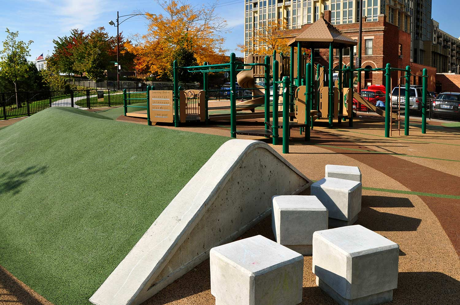 Chicago Playground Design | Montgomery Ward Park Playground